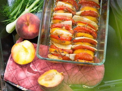 Tomaten, Fenchel und Pfirsich aus dem Ofen