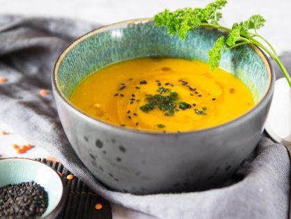 Kürbis- Linsen-Suppe
