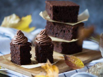 Rohnies - Brownies mit Rohnen und Schokolade-Topping