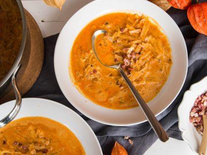 Weißkraut-Suppe pikant, mit Speck